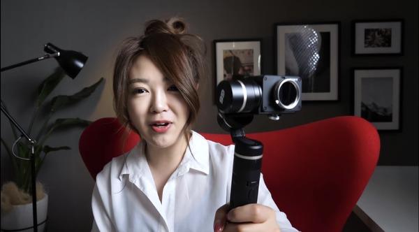 3つの機材を使い分け!iPad活用YouTuberが愛用するVlogカメラとは?   RBB TODAY