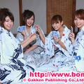 写真左から中村静香、村上友梨、鎌田奈津美、小泉麻耶(c)Gakken Publishing