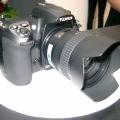 FinePix S5 ProにAF-S DX Zoom Nikkor ED 18-70mm F3.5-4.5G(IF)のレンズを装着
