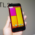 最新モデル「HTC J butterfly HTL23」