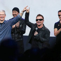 U2が登場(c)Getty Images