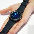 LTE搭載のGear S3 frontier