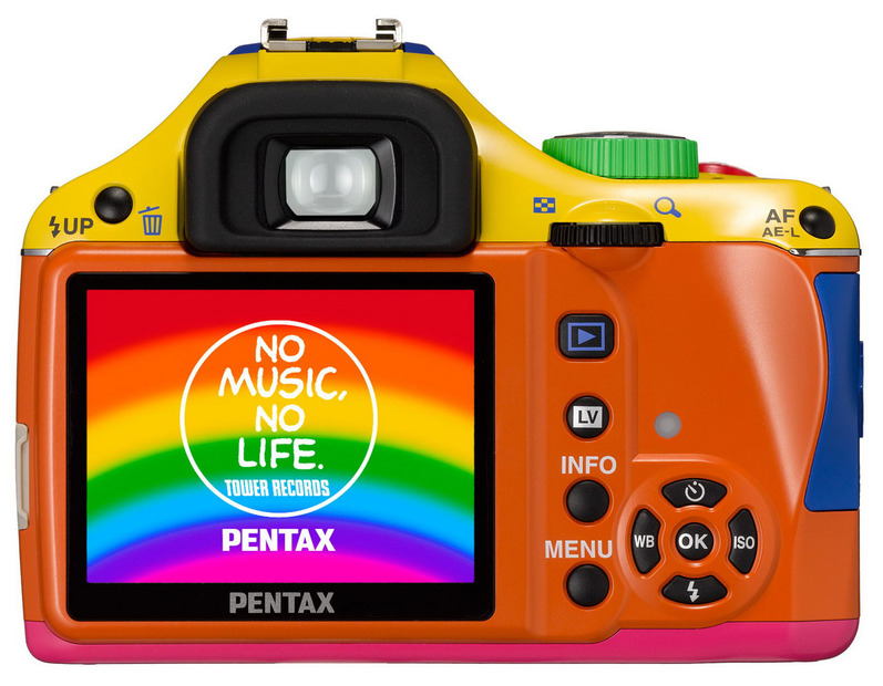 「TOWER RECORDS×PENTAX RAINBOW K-x」の背面