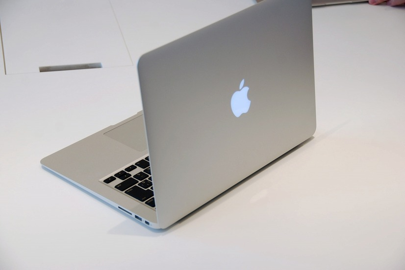 MacBook Airの13.3型