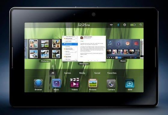 BlackBerry Play Book OS 2.0を搭載したPlay Book