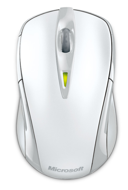Wireless Notebook Laser Mouse 7000のホワイトモデル