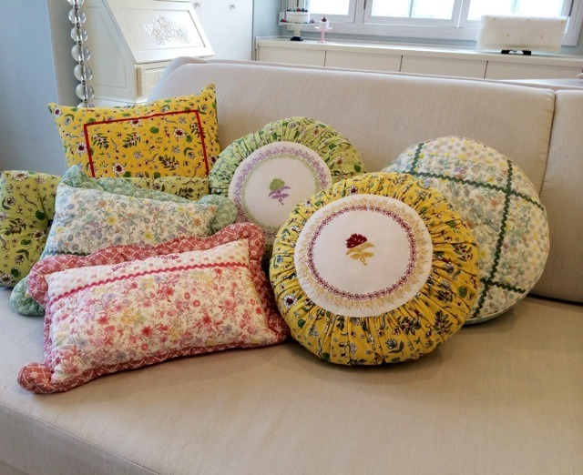 Spice Plus 10 styles:李家幽竹(風水師)/ cushion(Violet/Provence)