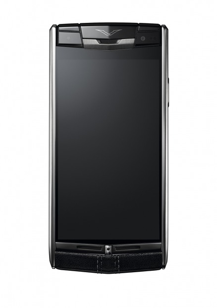 「Vertu Signature Touch」前面