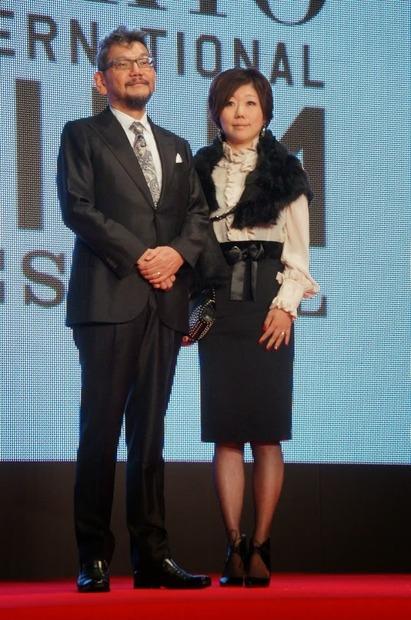 第27回東京国際映画祭】庵野秀明&安野モヨコ、夫婦で登場…レッドカーペット 2枚目の写真・画像 | RBB TODAY