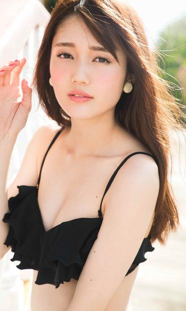 「non-no」専属モデルの松川菜々花、デジタル写真集でグラビアに挑戦 1枚目の写真・画像