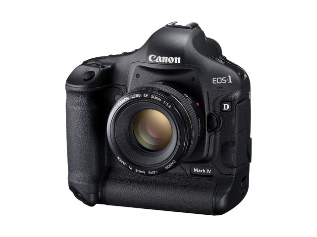 EOS-1D Mark IV(斜め)