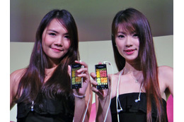 【CommunicAsia 2011】「Xperia ray」は「Xperia arc」と「Xperia mini」のいいとこ取り!