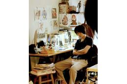 菅田将暉、美少女キャラに囲まれたちょっとオタクな仕事場