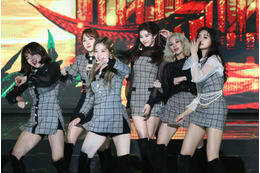 TWICEやIZ*ONEが美脚でファンを魅了!『GAONCHART MUSIC AWARDS』