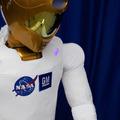ヒューマノイドロボット「R2」宇宙へ!来週打ち上げの「ディスカバリー」に搭乗! 画像