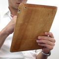 iPad 2用の木製ケース「ウッドケース for iPad2」が発売に 画像