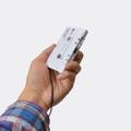 カーステレオのカセットデッキでMP3プレーヤーを再生できるアダプタ 画像