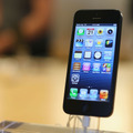 2012年に発売されたiPhone 5 (C)Getty Images