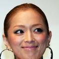浜崎あゆみ、インスタ再開でセクシーショット連発 画像