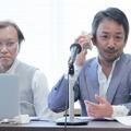 発表会に登壇した、ベイエフエム編成局の小縣(おがた)正幸氏(右)と、同局で開発を担当している吉田八郎氏(左)