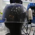 夏の暑さから作業員を守る熱中症対策用ヘルメット&後付送風機 画像