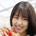 竹内愛紗ファースト写真集「愛紗」(東京ニュース通信社刊)
