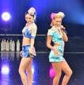 CYBERJAPAN DANCERS【写真:竹内みちまろ】