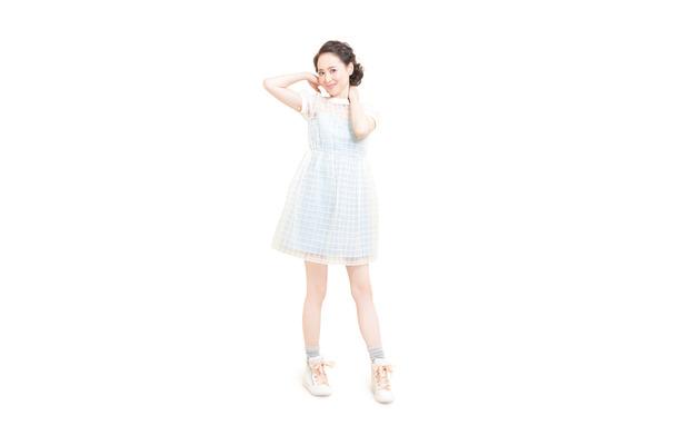 """58a318672af 松田聖子、デビュー35周年で""""花嫁""""に! 純白ウェディングドレス姿を披露 ..."""