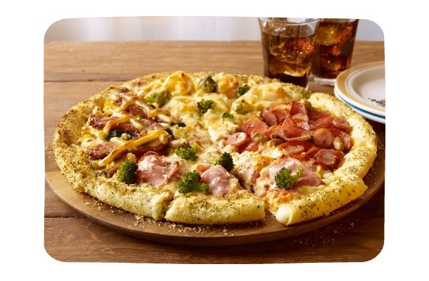 サイズ ドミノ ピザ
