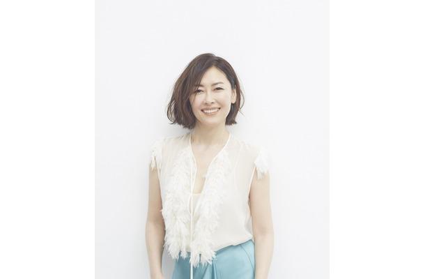 中山美穂の約20年ぶりのニューアルバムが発売!「C」「色・ホワイトブレンド」も収録