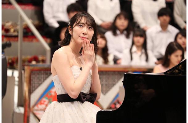 元AKB48の松井咲子、5度目の優勝なるか?『TEPPEN』で見事なピアノ対決 ...