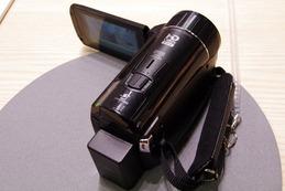 【CP+ 2012(Vol.3)】Wi-Fi対応で高画質を追求した「iVIS HF M52」、その機能は? 画像