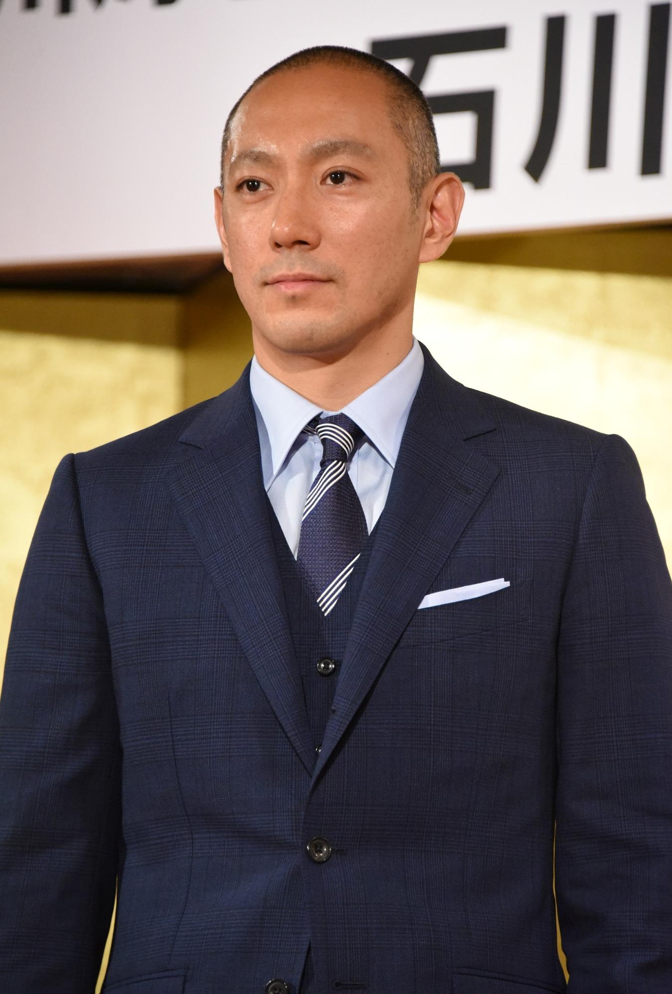 麻央 黒田