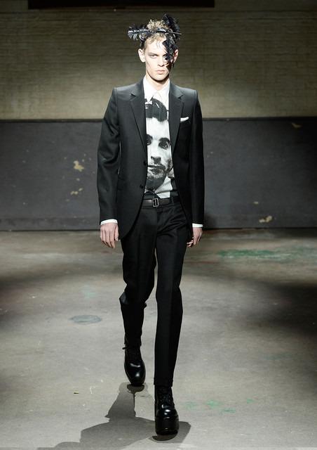 アレキサンダー・マックイーンはダークな紳士のエレガンス【14-15AWメンズ】 24枚目の写真・画像