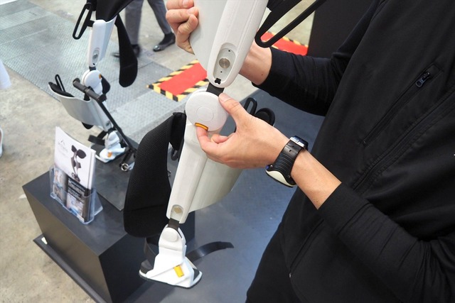 膝の高さ、太ももの長さの調整も可能。身長や体重を問わず、幅広い人に利用が可能だ