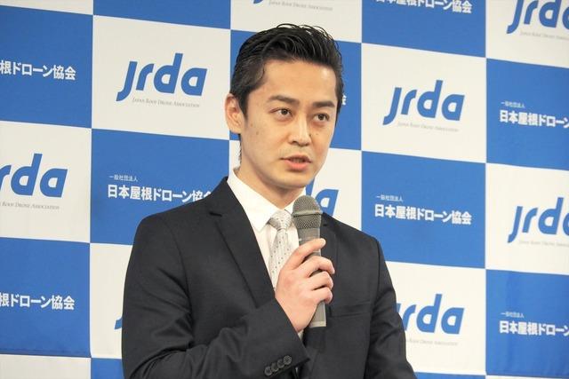 日本屋根ドローン協会の代表理事を務める、石川商店 代表取締役の石川弘樹氏
