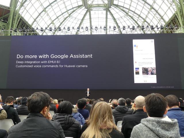 Googleアシスタントから音声でカメラを起動し、写真が撮れます