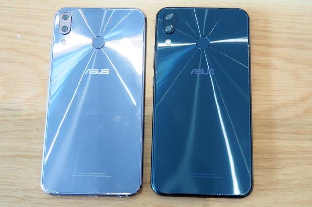背面の様子。ZenFone 5 / 5Zともに、カラバリはスペースシルバーとシャイニーブラックの2色で展開する