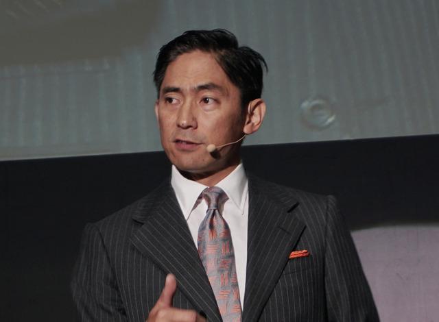 アマゾン ウェブ サービス ジャパンの代表取締役社長の長崎忠雄氏