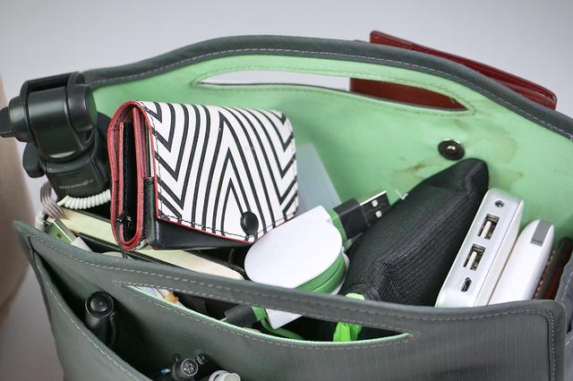 気に入って長年使っていたバッグインバッグ。でもメインポケットがすぐぐちゃぐちゃになるのが悩みでした