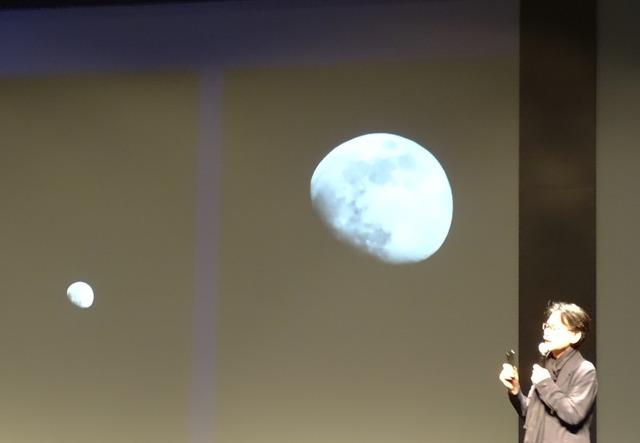 P30 Proは夜空の月もAIエンジンで綺麗に撮影できる