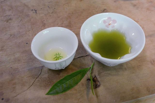 静岡の茶草場農法:「東山いっぷく処」【錦怜那】