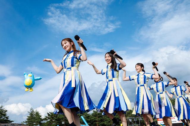 日向坂46『W-KEYAKI FES.2021 DAY-2』ライブ写真(撮影:上山陽介)