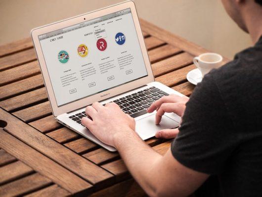 web agency 1738168 640 530x398 - WordPress初心者がエックスサーバーで企業ホームページを作る方法を解説